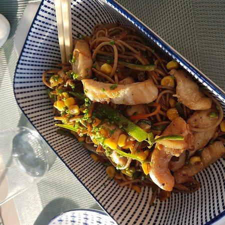 Restaurante corazones hambrientos sushi bar en el puerto de santa mar a con cocina japonesa - Sushi puerto santa maria ...