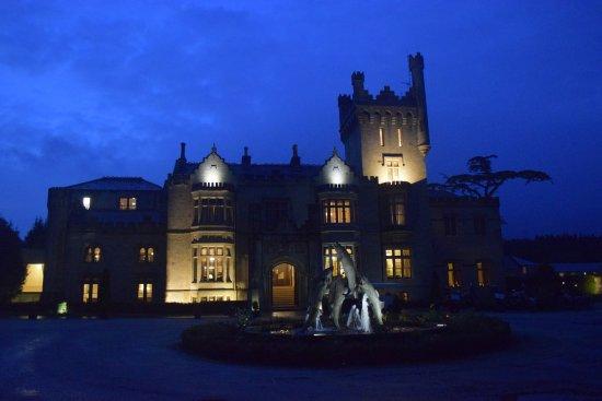 Lough Eske Castle, a Solis Hotel & Spa : Lough Eske Castle facade