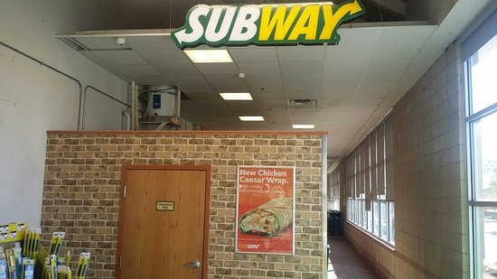 Port Coquitlam, Canada: Subway @ Home Depot