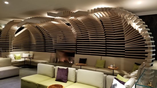 20171008 221206 picture of grand naniloa hotel. Black Bedroom Furniture Sets. Home Design Ideas