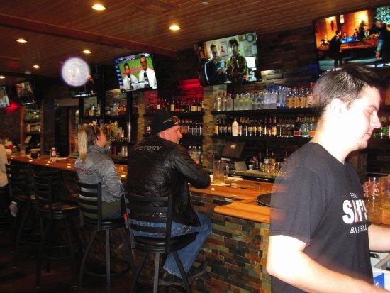 Somerset, WI: Long Bar