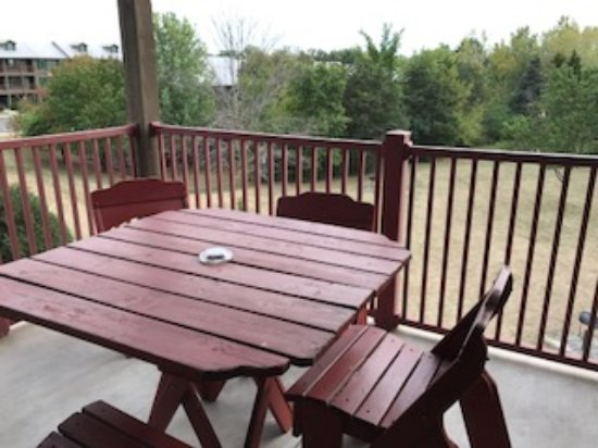 Holiday Inn Club Vacations Fox River Resort: Deck