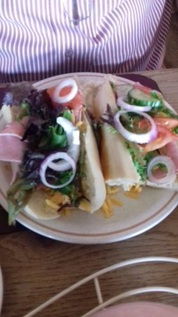 Muneroy: My hubbys baguette