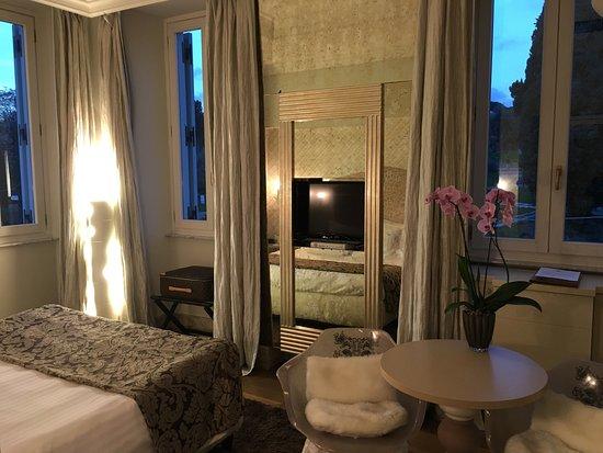 曼菲蒂宮酒店-瑞雷斯與城堡照片