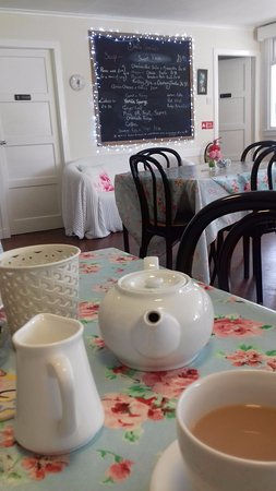 Corrie, UK: Inside the cafe