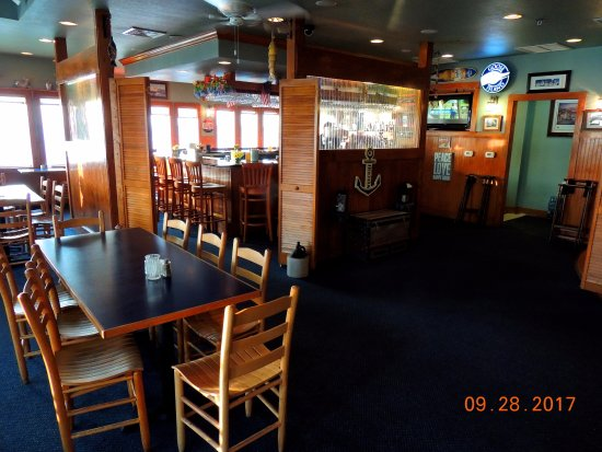 Interior picture of sugar creek seafood restaurant nags
