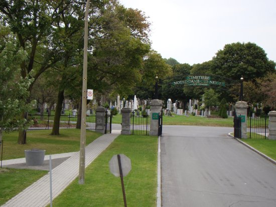 Mont (Mount) Royal Cemetery