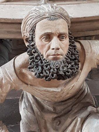 St. Lorenz Church: Detail einer Skulptur