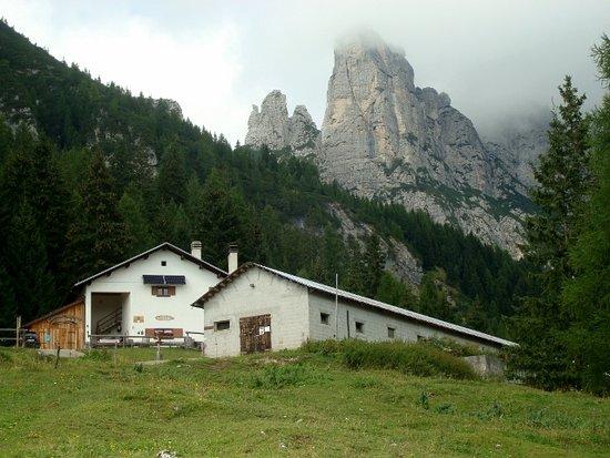 Agordo, Itália: Malga Framont