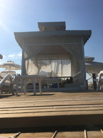 Titanic Beach Lara Hotel: Pier cabana