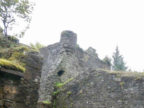 Carey's Castle: Excellent condition