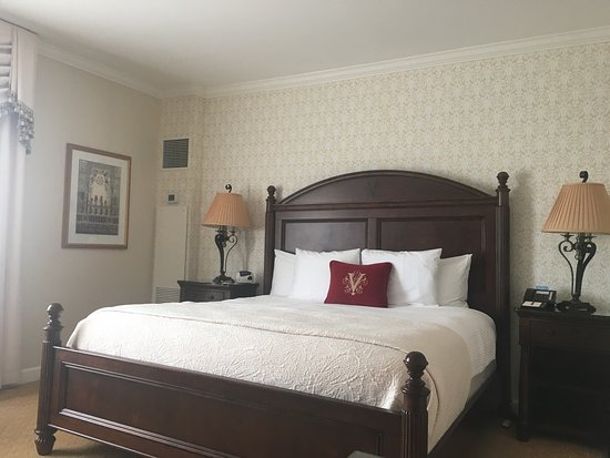 The Inn on Biltmore Estate: photo1.jpg