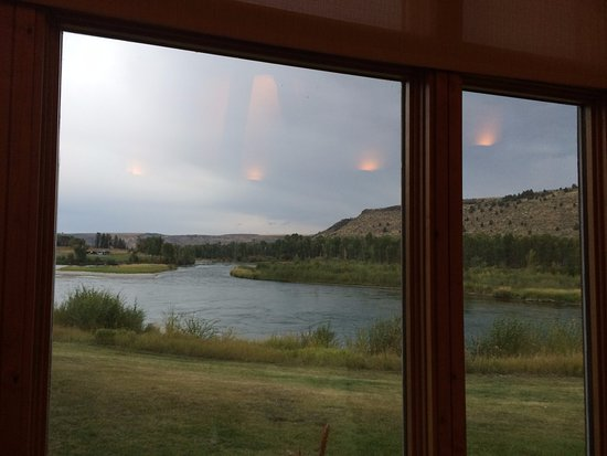 Swan Valley, ID: The view, ambiance and creative selection on the menu made our day a memorable one!