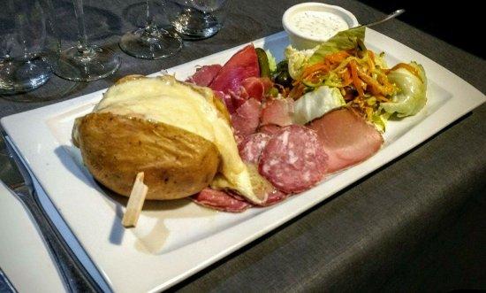 "Sainghin-en-Melantois, Francia: Soirée ""raclette"" pour 12 euros"