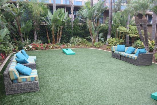 Holiday Inn San Diego-Bayside: Play area near the pool