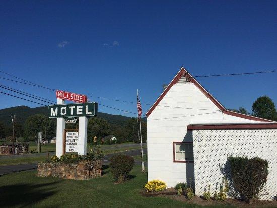 Hillside Motel: photo0.jpg