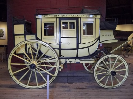 ‪‪Shelburne‬, ‪Vermont‬: One of Numerous Stagecoaches in Collection‬