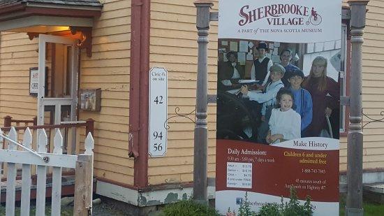 Sherbrooke, Canadá: 20170929_185203_large.jpg