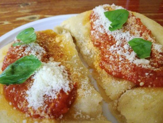 La famosa PIZZA FRITTA napoletana!!