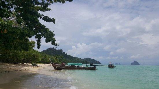Kantang, Thailand: 1506333212637_large.jpg