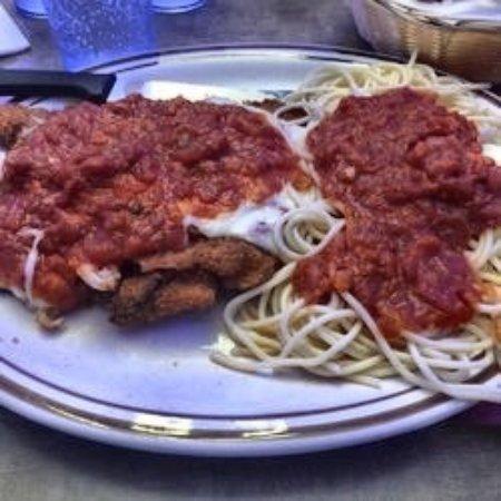 Pennsville, Νιού Τζέρσεϊ: Chobani's Restaurant