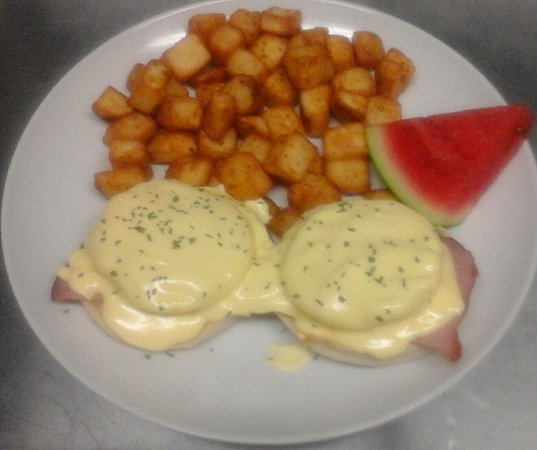 Quesnel, Canadá: Eggs Benedict