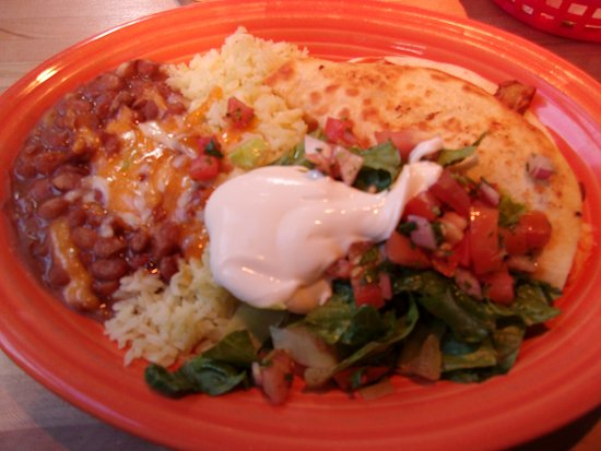 Bridgewater, VA: Chicken quesadilla with rice and beans