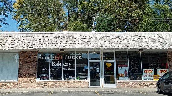 Plymouth, MI : strip mall location