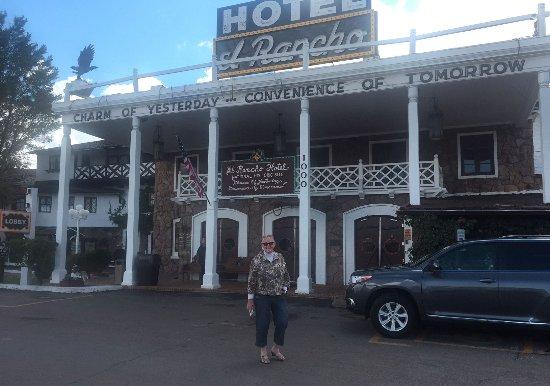 El Rancho Hotel & Motel: El Rancho Hotel