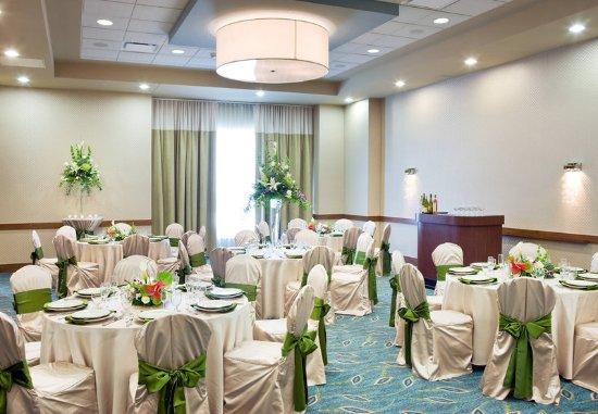 SpringHill Suites Las Vegas Convention Center: Ballroom - Wedding Set Up