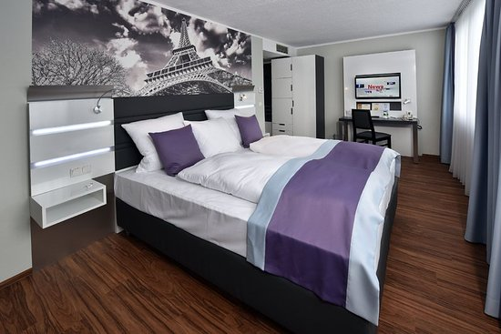 Europa Hotel: Guestroom DBS