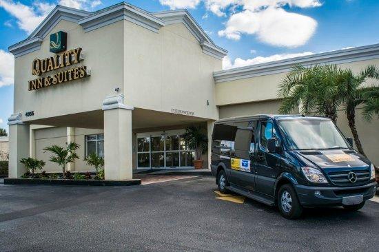 Quality Inn & Suites Near Fairgrounds Ybor City: Fla Exterior