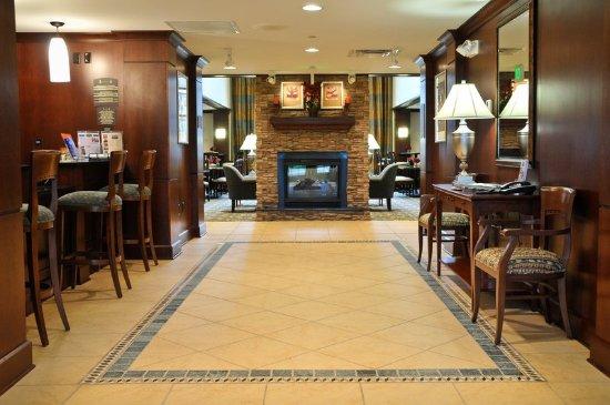 Clarence, État de New York : Hotel Lobby