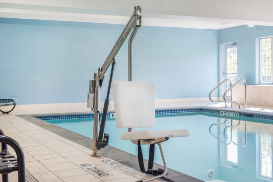 Haskell, NJ: ADA/Handicapped accessible Swimming Pool lift