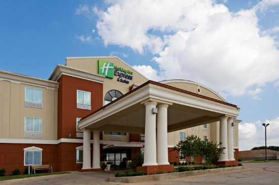 Holiday Inn Express Hotel & Suites Snyder: Hotel Exterior