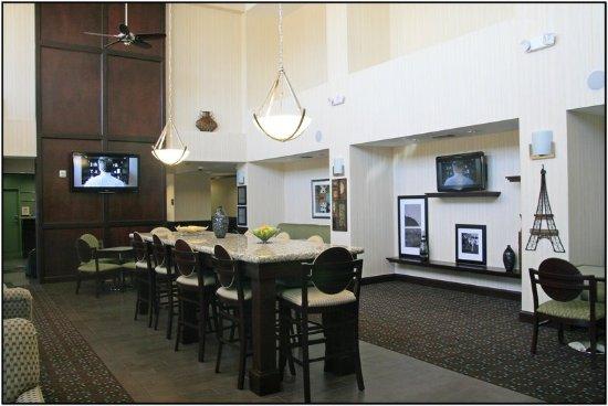 Hampton Inn Amp Suites San Antonio Northeast I35 Updated 2018 Prices Amp Hotel Reviews Tx