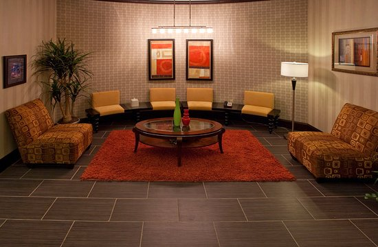 Buda, TX: Lobby Lounge