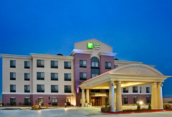 Holiday Inn Express Hotel & Suites Pryor: Hotel Exterior