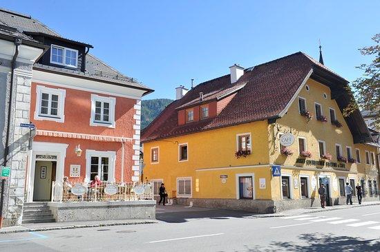 Tamsweg, Austria: Hochleitner und Schloßcafe Hochleitner