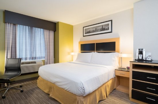 Holiday Inn Express New York City-Wall Street: Accessible King Room