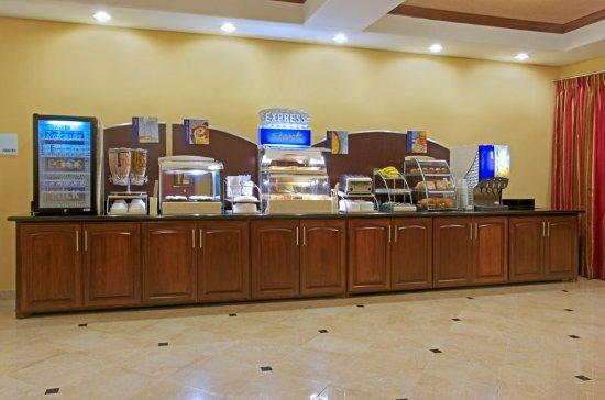 Vidor, TX: Breakfast Bar
