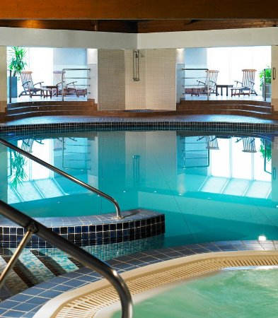 Indoor pool picture of edinburgh marriott hotel - Luxury scottish hotels with swimming pools ...