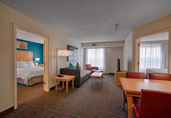 Neptune, NJ: Two-Bedroom Suite