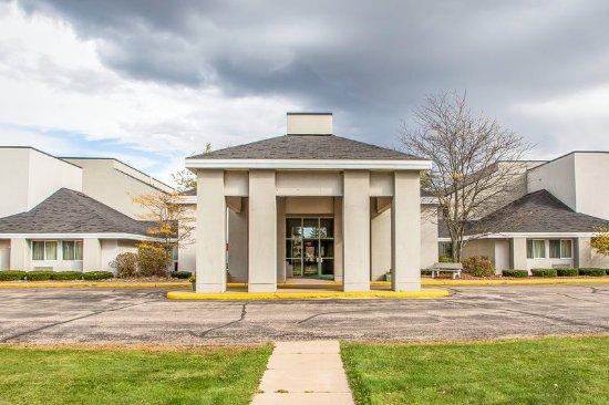 Rothschild, Wisconsin: Exterior