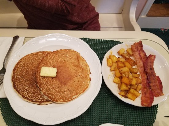 Best Western Grandma'S Feather Bed: Made to order breakfast