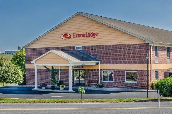 Econo Lodge : Exterior