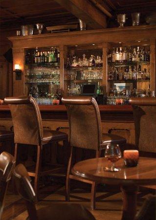 Castle Hill Inn: Bar