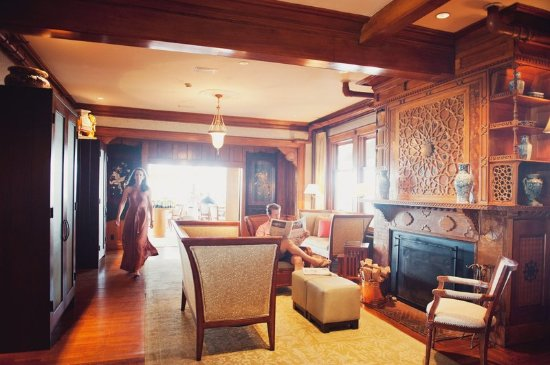 Castle Hill Inn: Lounge