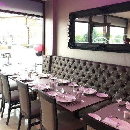 Interior - Picture of Jaipur Exclusive Indian Takeaway & Restaurant, Newcastle upon Tyne - Tripadvisor