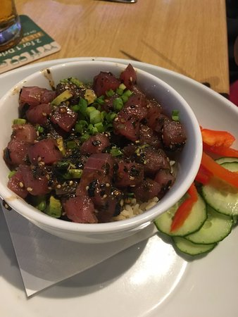 Duffy's Sports Grill: Spicy Tuna Bowl with avocado and rice